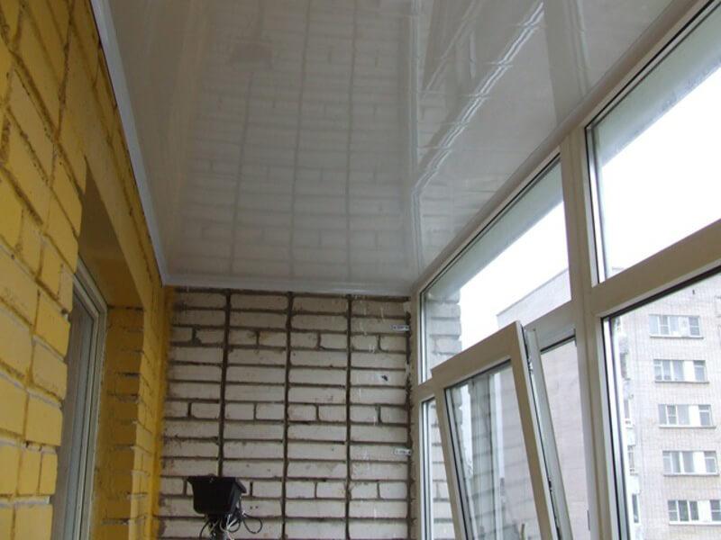 Натяжные потолки на балконе в Астрахани - РСС Элит