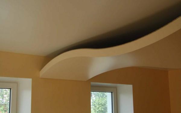Натяжные потолки в гостиной (в зале) в Астрахани - РСС Элит